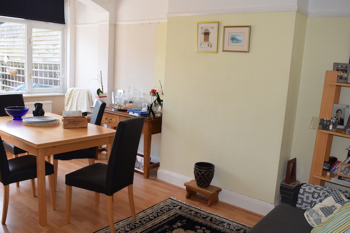 house or flat for sale or rent in south west London